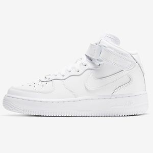 Nike Air Force 1 Mid in White (women's US8)